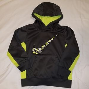 Nike | boys hoodie w/3D camo nike swoosh
